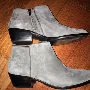 Sam Edelman bootie grey side zip Petty style